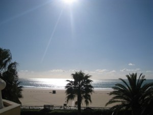 Praia De Rocha - Early January