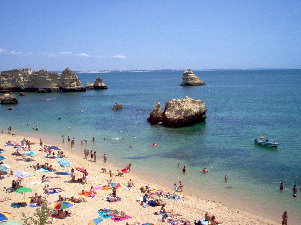 Crowded Praia da Dona Ana - Lagos